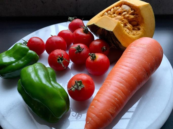 紫外線で疲れた夏肌をリセット!秋に向けて美肌力を高める食べ物