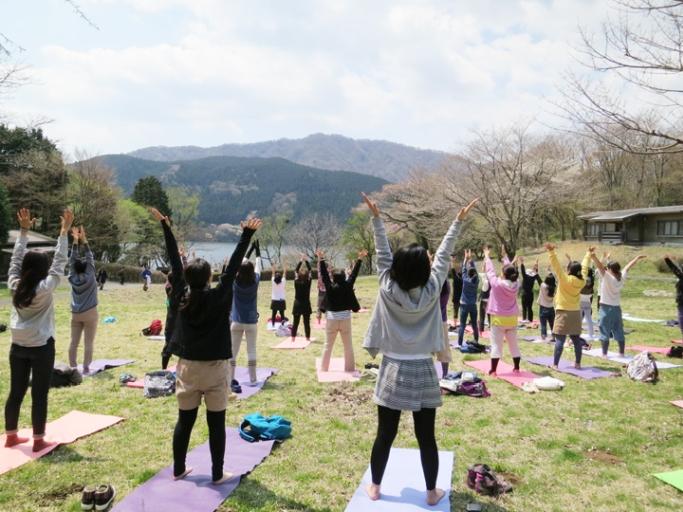 森ヨガのすすめ ~ How to yoga in the forest ~