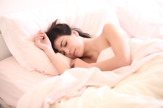 寝たいのに眠れない…不眠から脱却。快眠のためのポイントとは